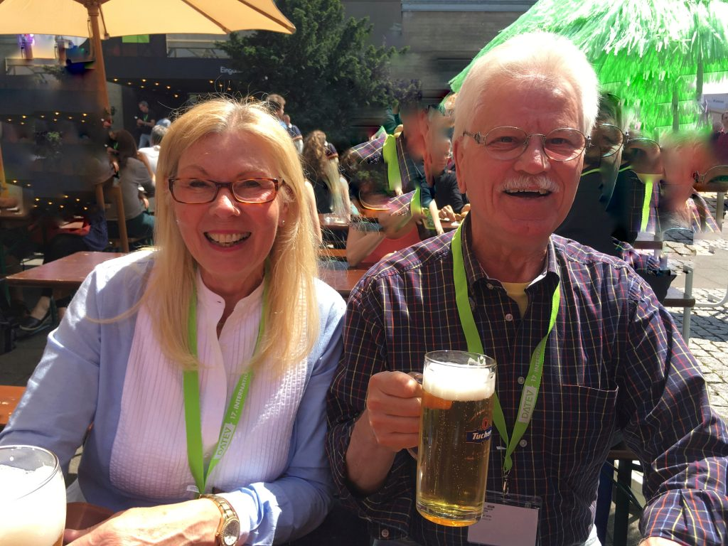 Peter und seine Frau Gaby 2016 beim Comic-Salon in Erlangen.